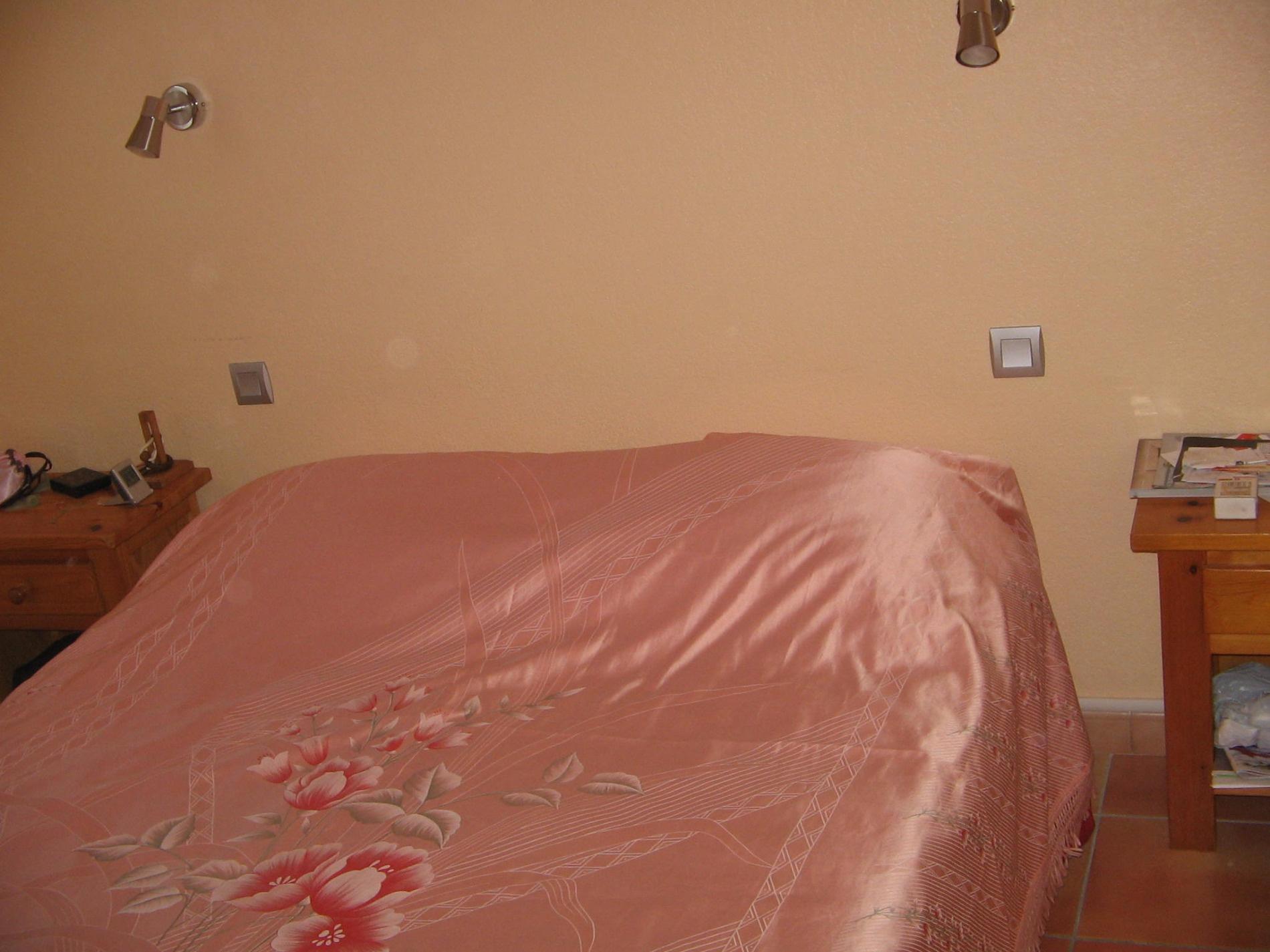 Chambre etage avec 1 lit en 140