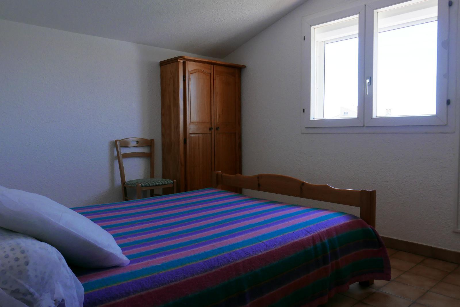 Chambre a l'etage avec lit en 140*