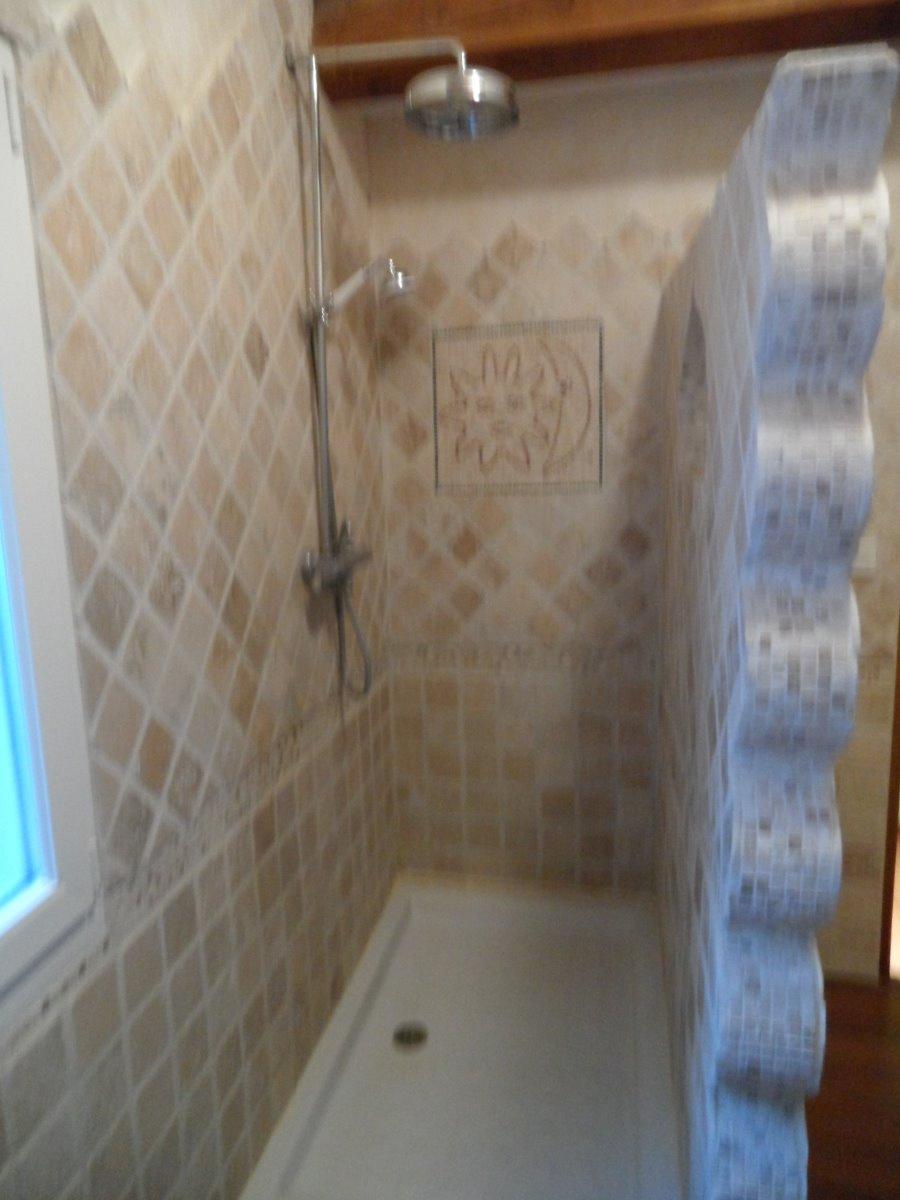 Salle d'eau avec WC etage
