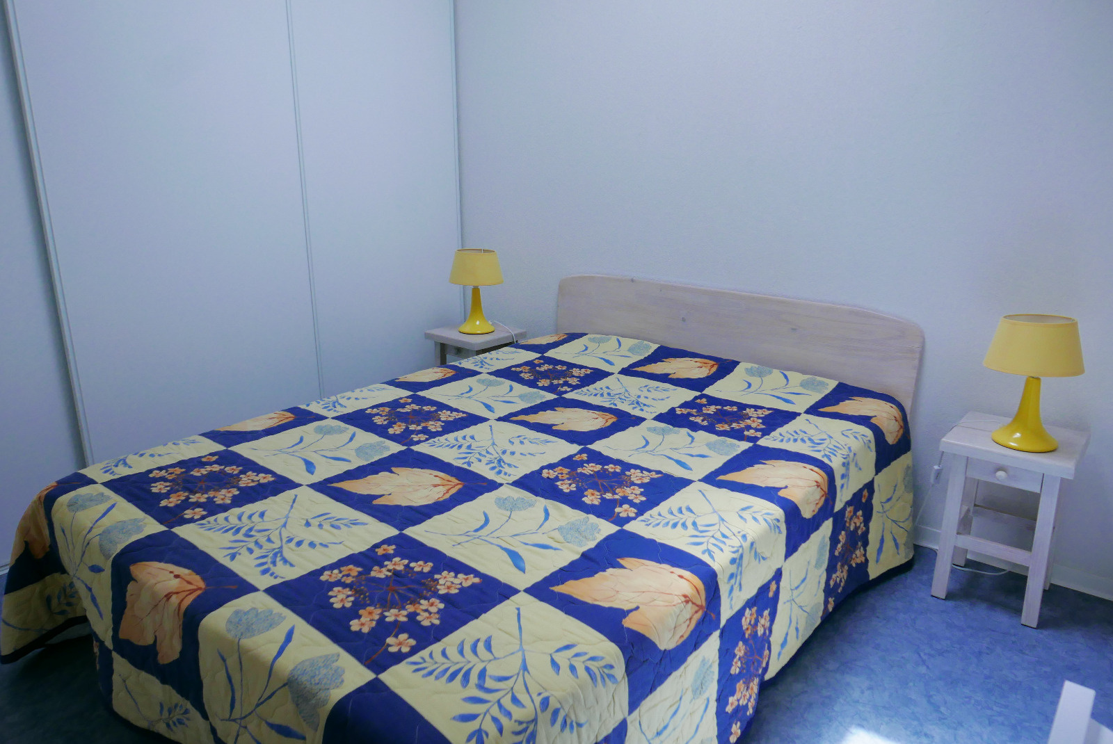 Chambre etage avec lit en 140*