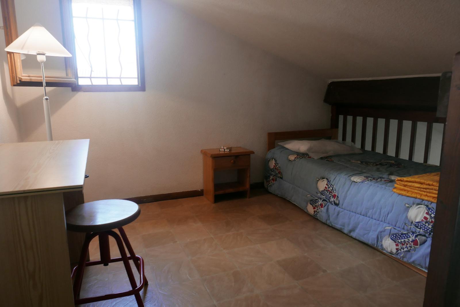 Mezzanine avec lit en 80*