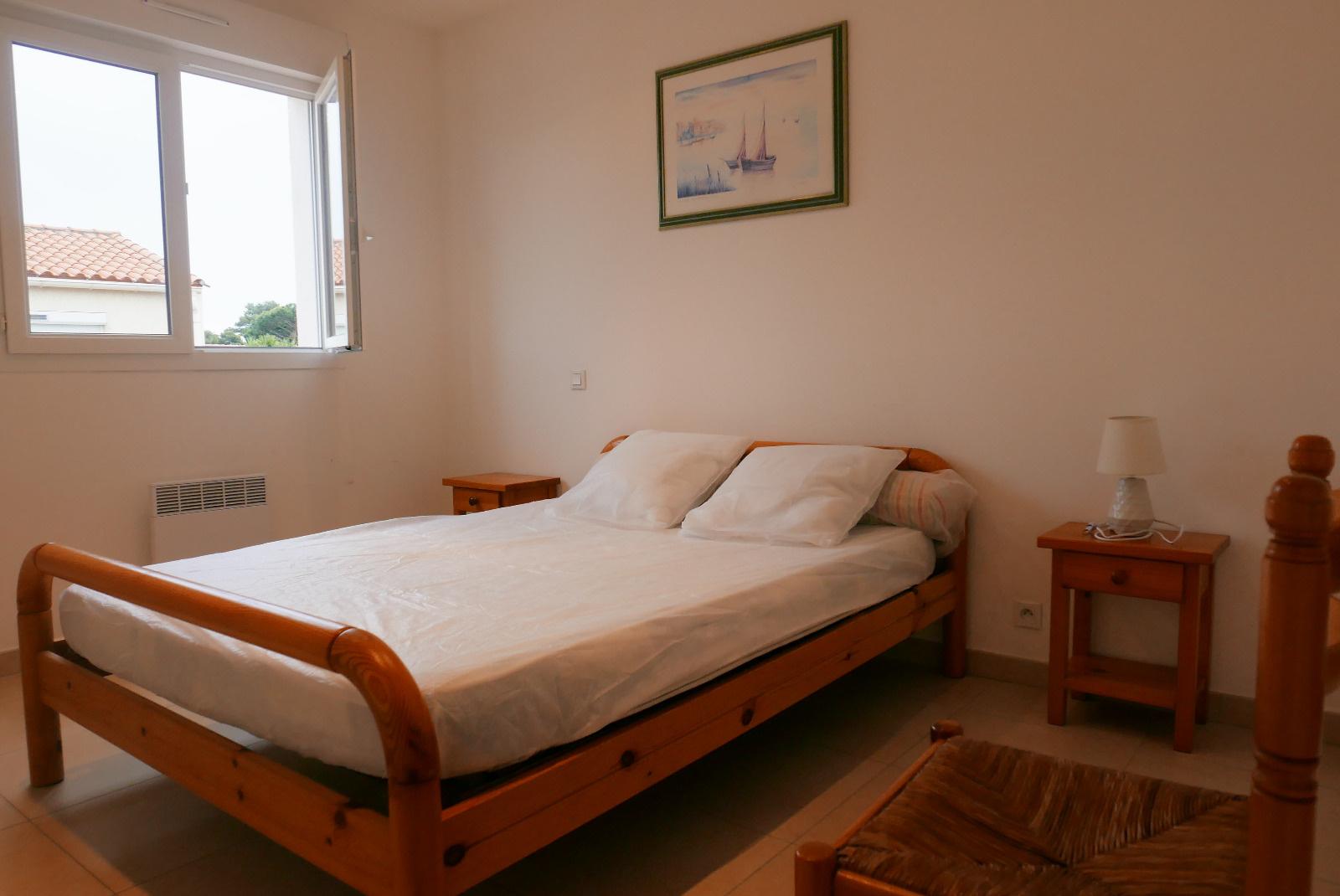 Chambre avec lit en 140*