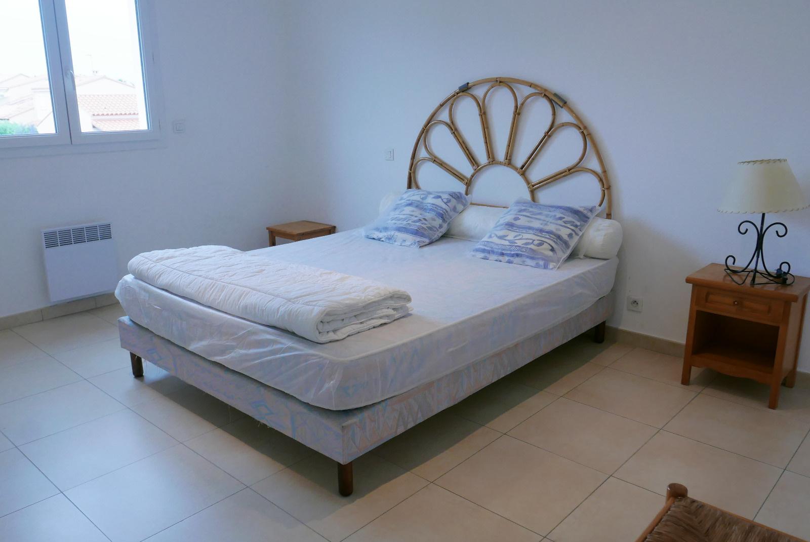 Chambre avec lit en 160*